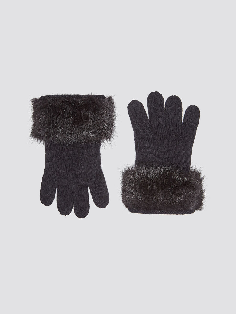 Gloves with faux fur insert