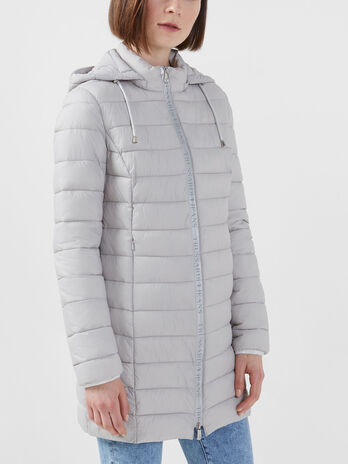 Parka in light nylon con cappuccio e zip logata