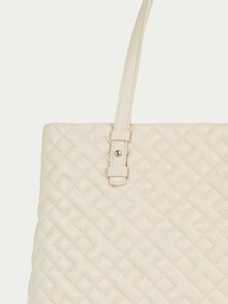 Medium biker style shopping bag in quilted nappa