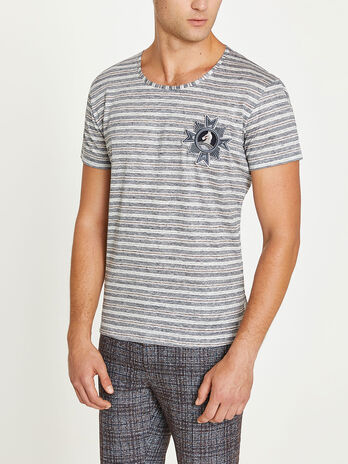 Stripes and patches T shirt