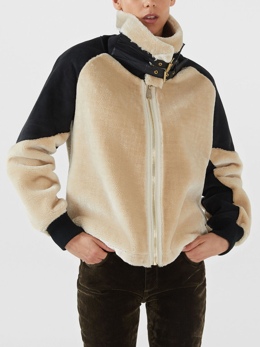 Faux fur and suede effect fabric jacket
