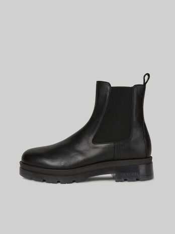 Brushed leather Beatle boots