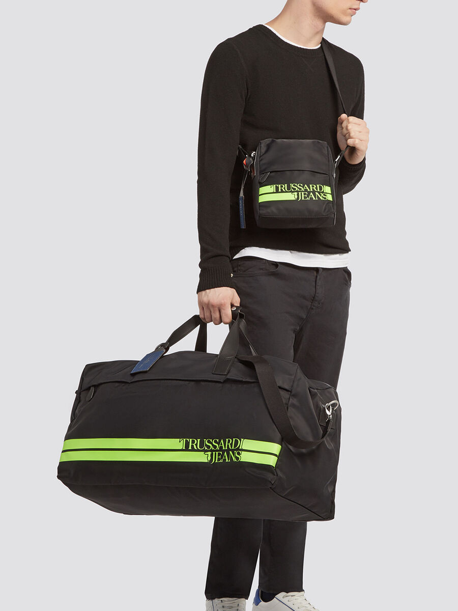 Turati travel carry all with zip