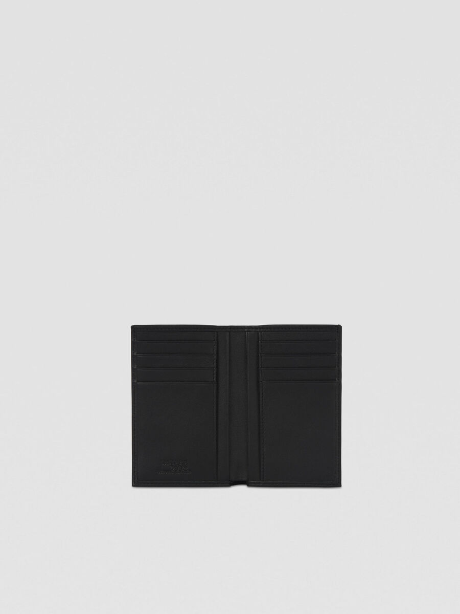 Vertical bi-fold wallet in smooth leather