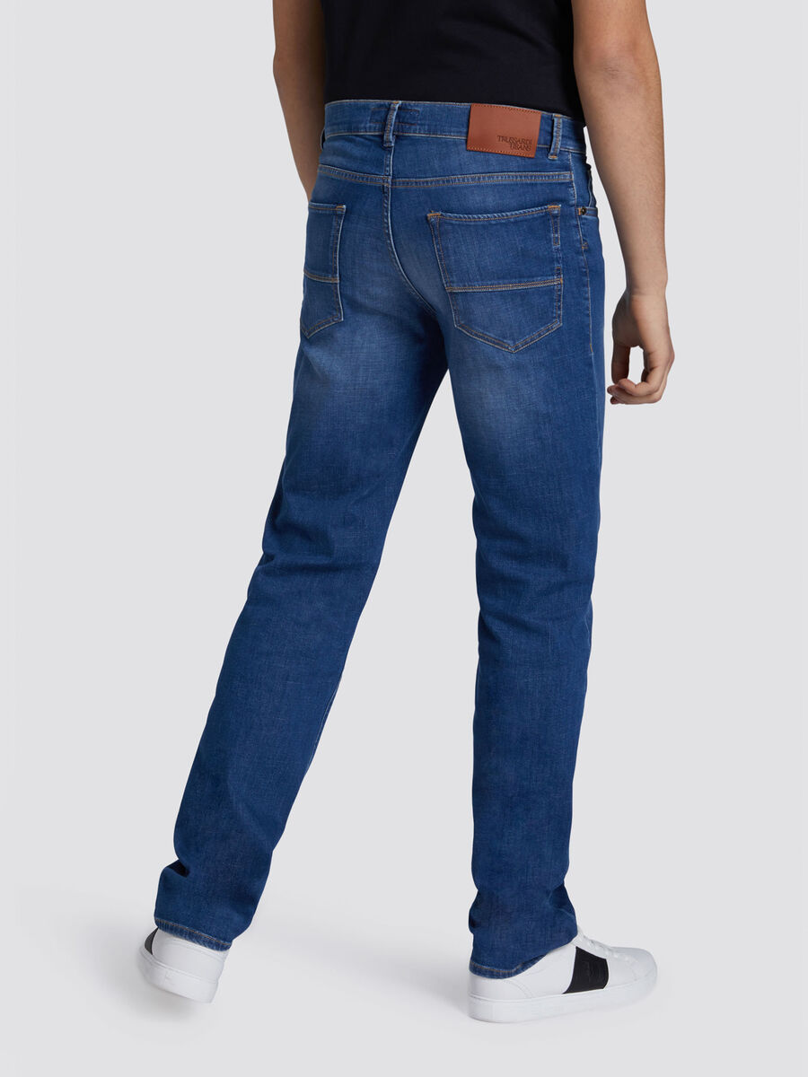 Jeans 380 icon basic in denim con cuciture a contrasto