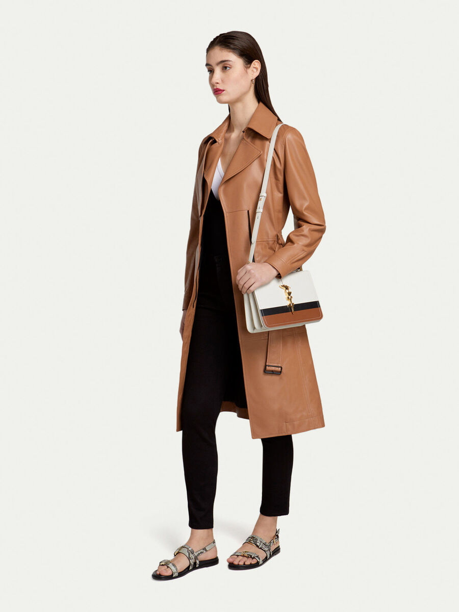 Regular fit leather trench coat with zip and belt