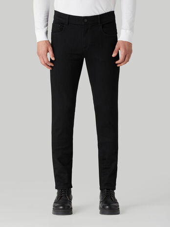 Jeans 370 aus Cairo-Denim