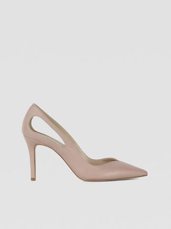 Pumps aus Leder mit Cut-out-Details