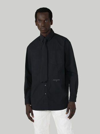 Oversized cotton shirt with tie