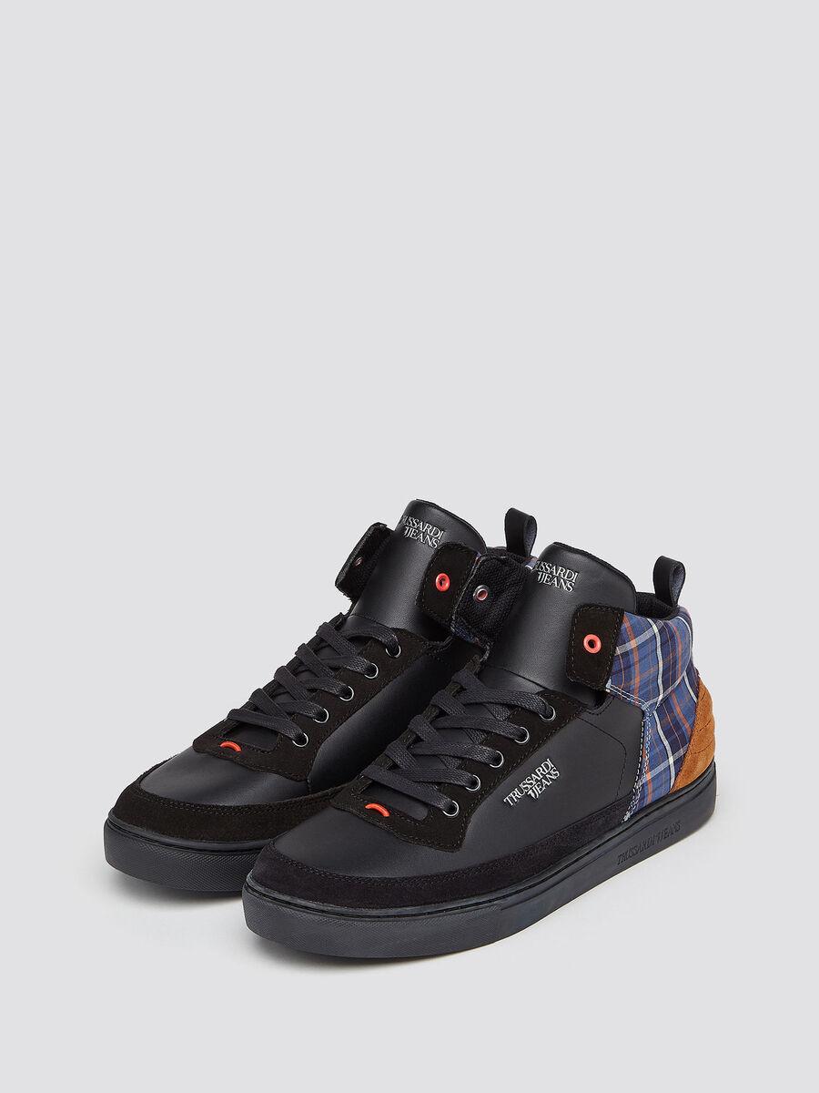 Sneakers alte in pelle con inserto a quadri
