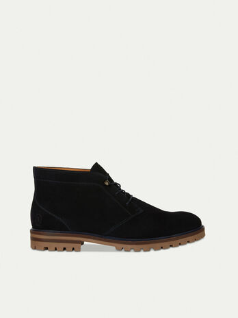 Desert boot in suede