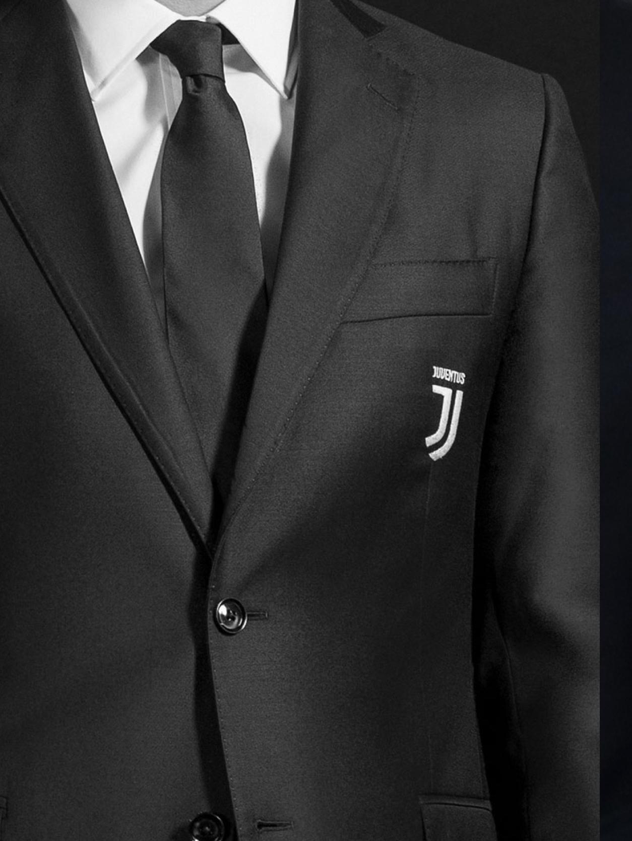 Vestito Elegante Juventus.Partnership Trussardi Juventus 2019 Trussardi